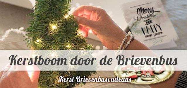 Kerstboom en andere Kerstcadeautjes door de Brievenbus